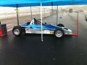 A LOUER FORMULE FORD FF1600